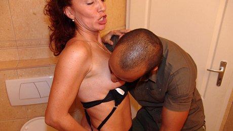 This asseating mature slut enjoys a good hard cock