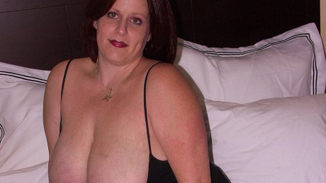 Big breasted mama getting cum and pee