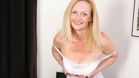 Hot blonde housewife getting wet and dirty