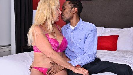Horny mature slut going interracial