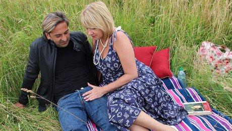 British housewife enjoys outdoor sex